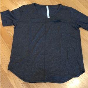 New Lululemon short sleeve shirt